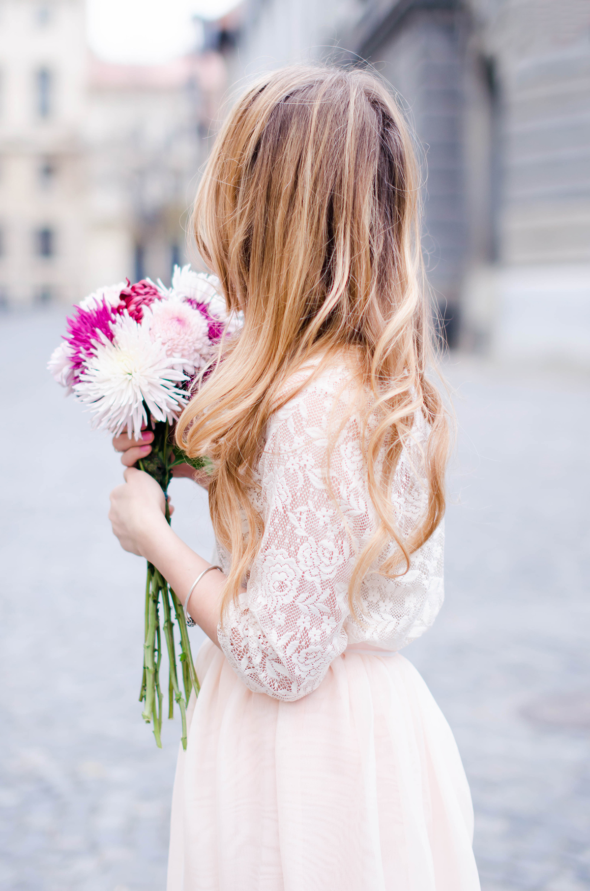 pastel-pink-tulle-skirt-lace-blouse-pink-flowers-feminine-outfit-embellished-pink-heels (5)