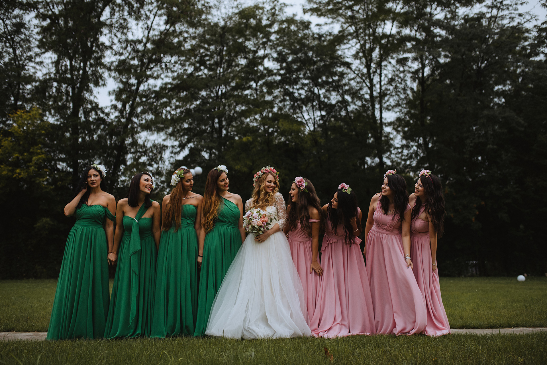 wedding-pink-and-green-bridesmaids-dresses-tulle-and-lace-wedding-dress (11)
