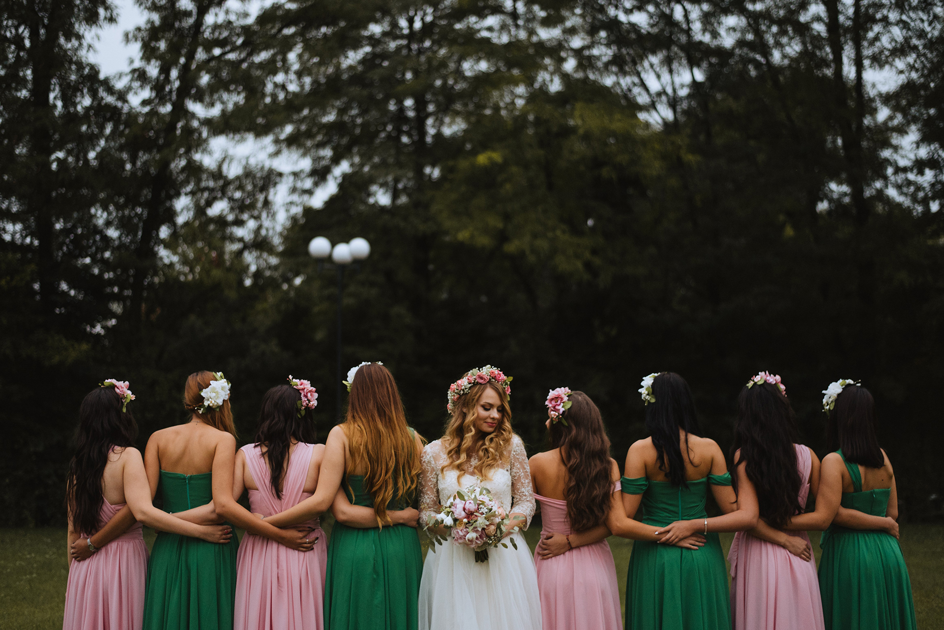 wedding-pink-and-green-bridesmaids-dresses-tulle-and-lace-wedding-dress (13)