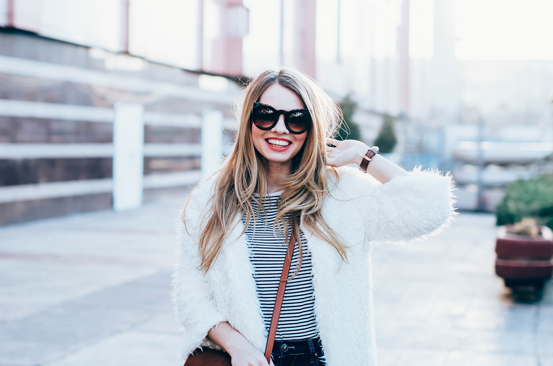white-fluffy-cardgan-ripped-skinny-jeans-suede-boots-camel-scarf-fluffy-keyrng-cat-eye-sunglasses (1)