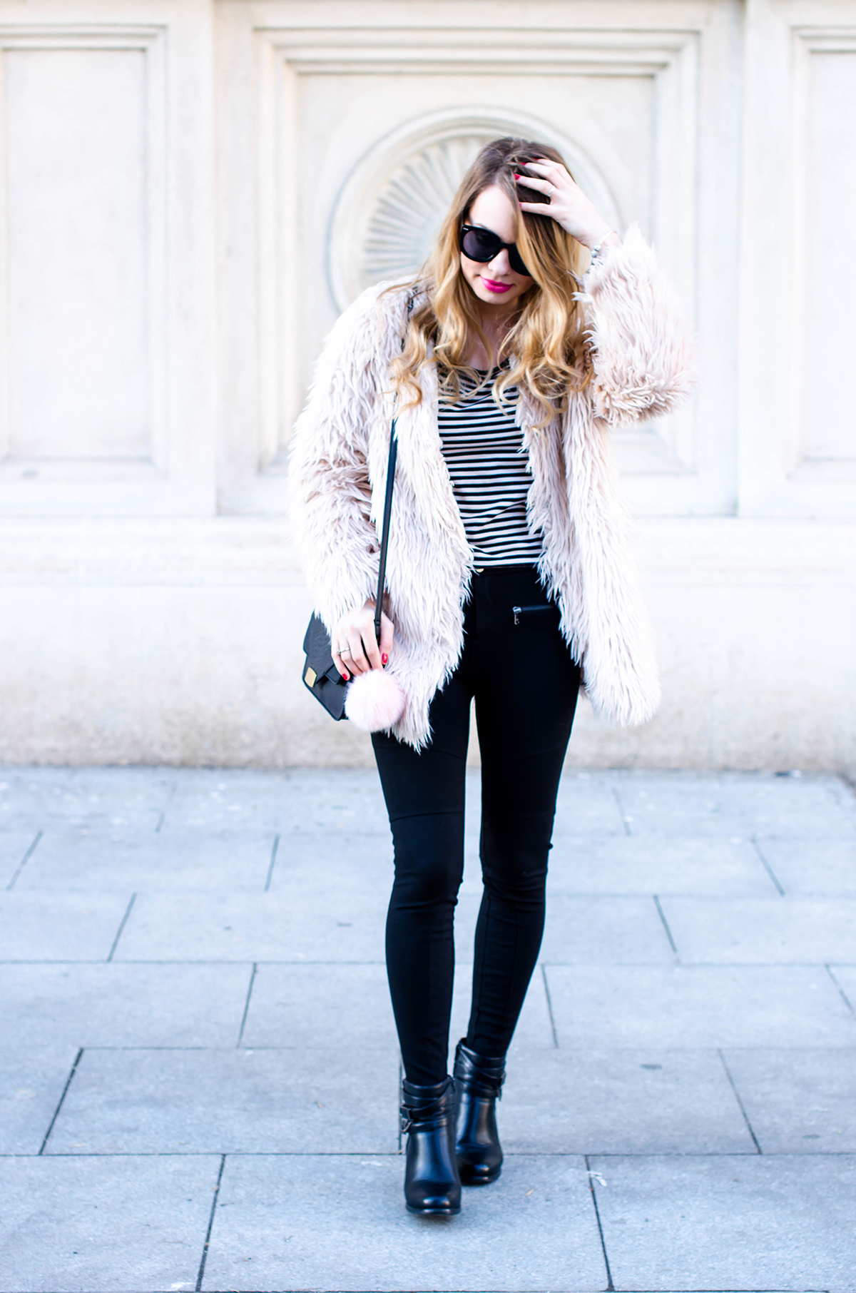 pink-fur-coat-black-pants-ankle-boots (2)