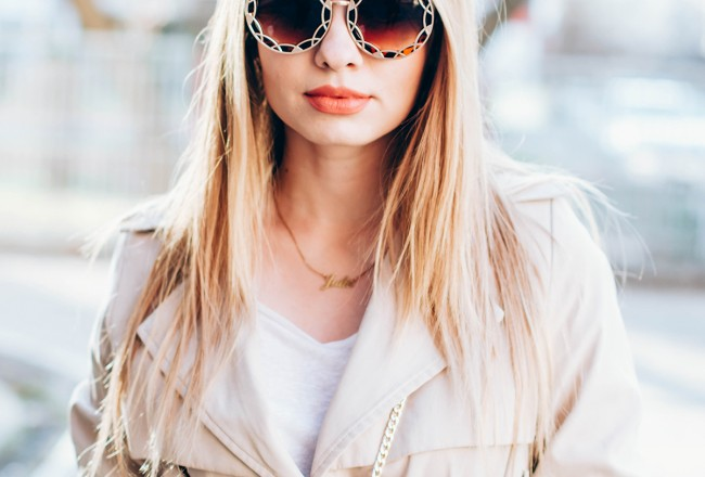 trench-coat-outfit- round-sunglasses (2)
