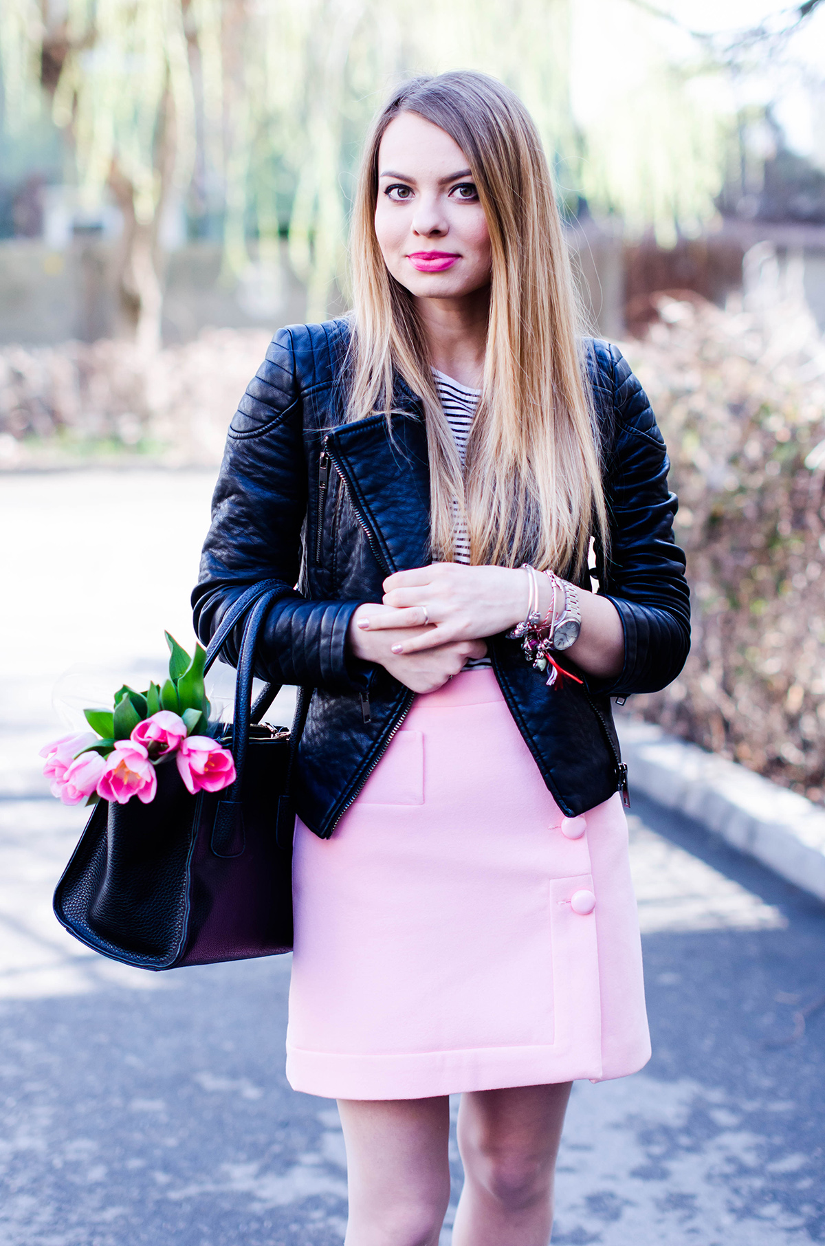 pink-a-line-skirt-adidas-stan-smith-leather-jacket-spring-outfit-pink-tulips (9)