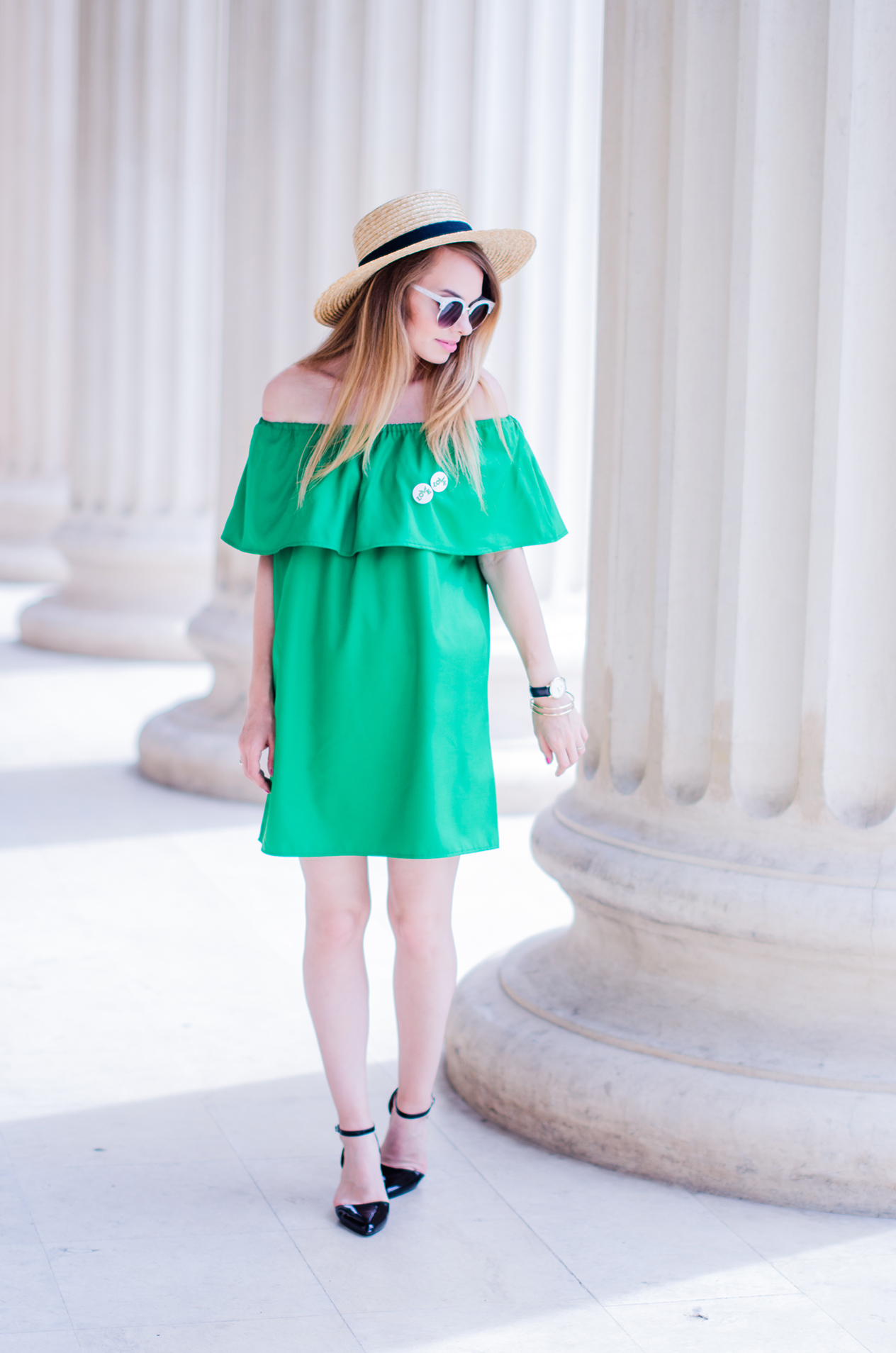 off-shoulder-dress-hm-straw-hat-strappy-shoes (11)