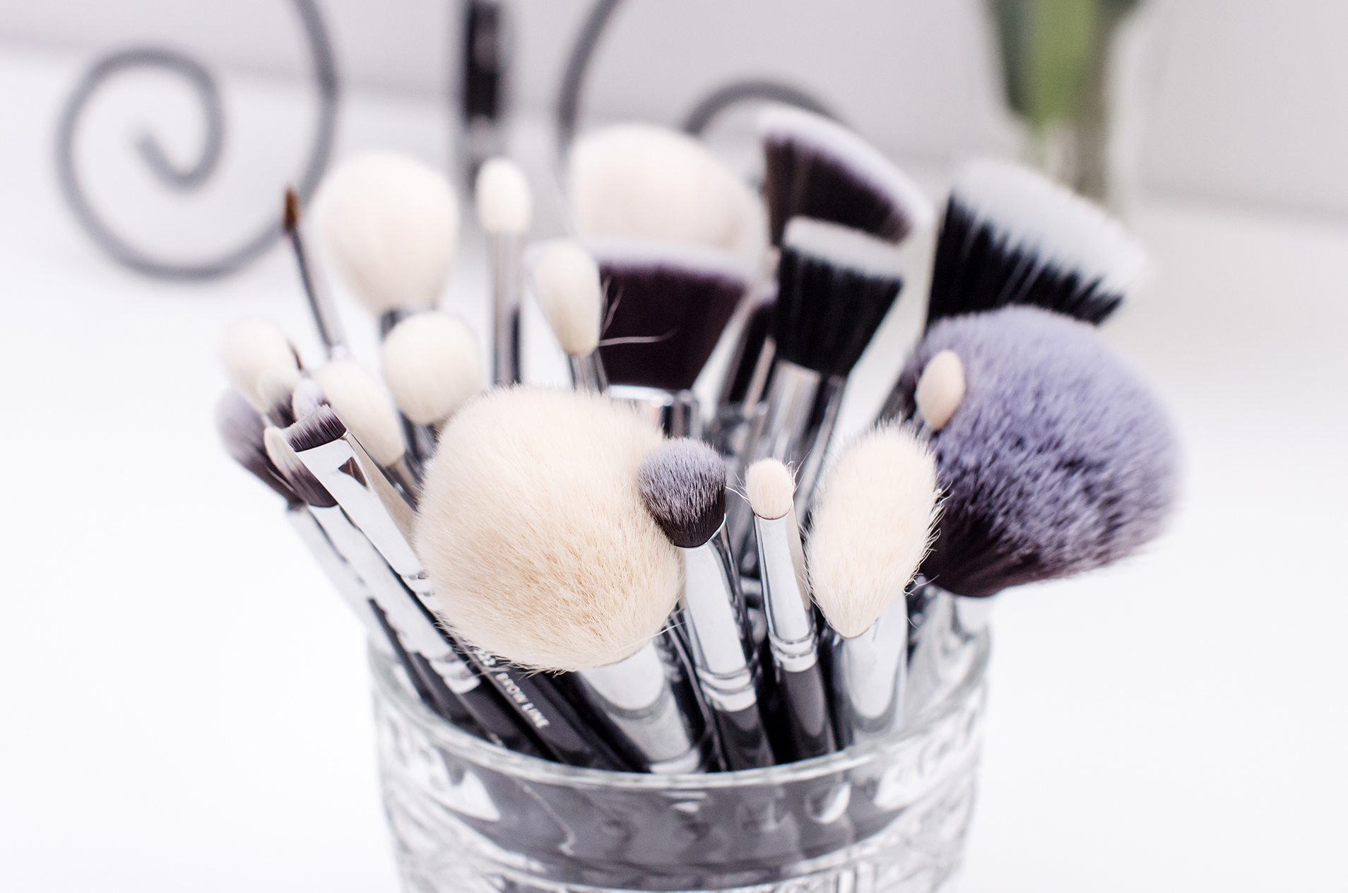 Zoeva_makeup_artist_brush_set_review_pink_wish_4c