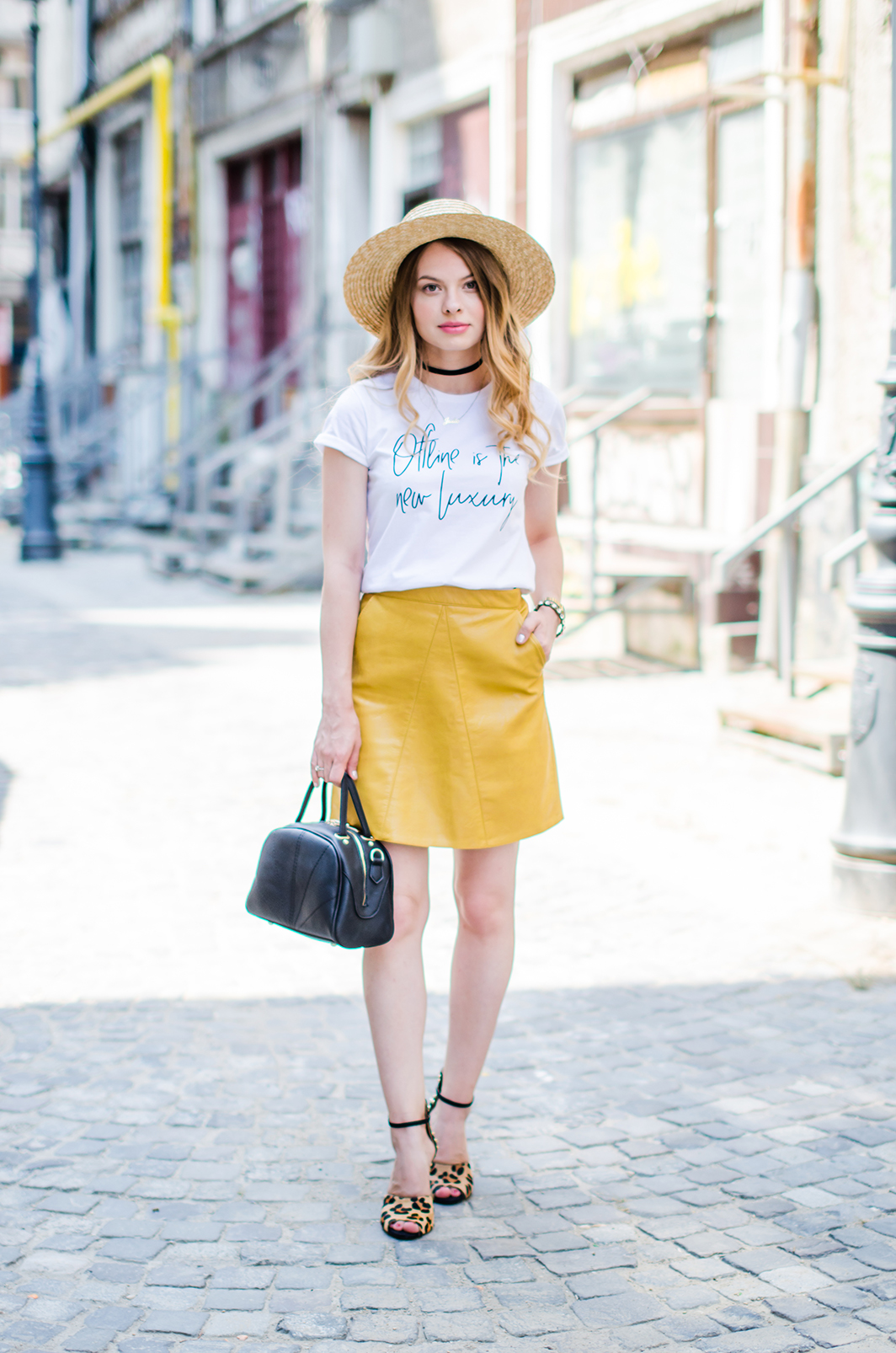 mustard-leather-skirt-straw-hat-choker (2)