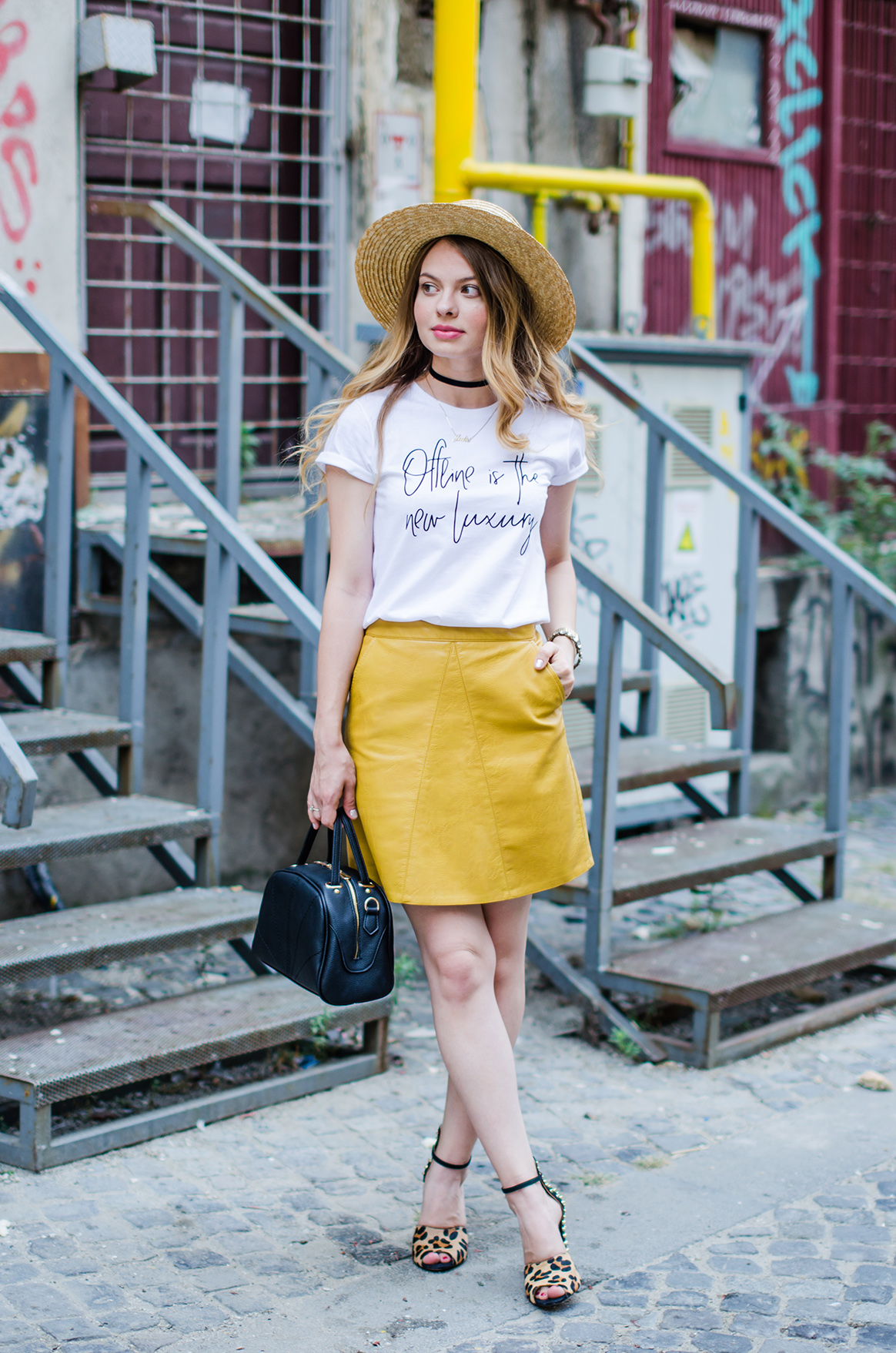 mustard-leather-skirt-straw-hat-choker (9)