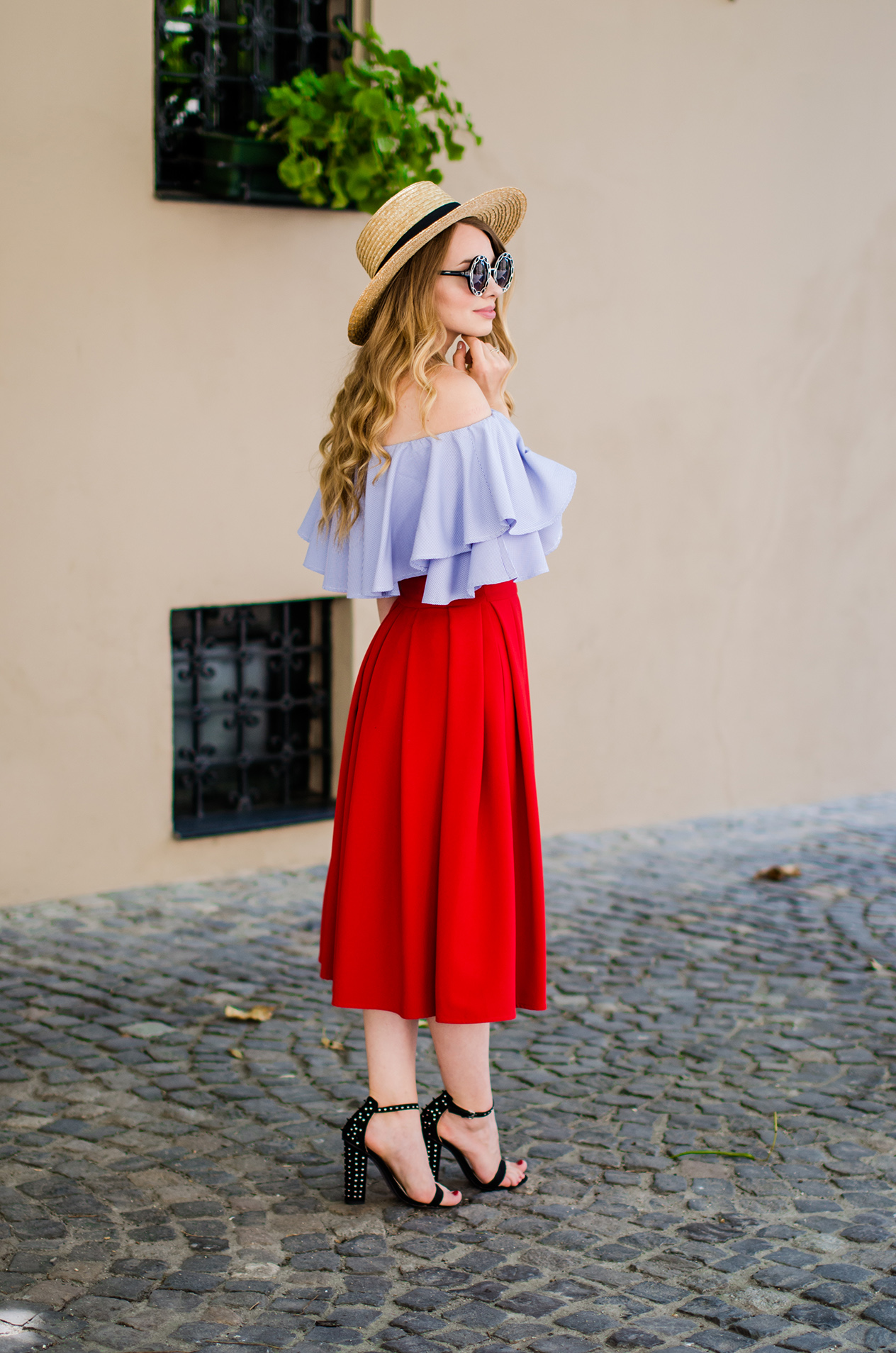 off-shoulder-blouse-red-midi-skirt-straw-hat (2)