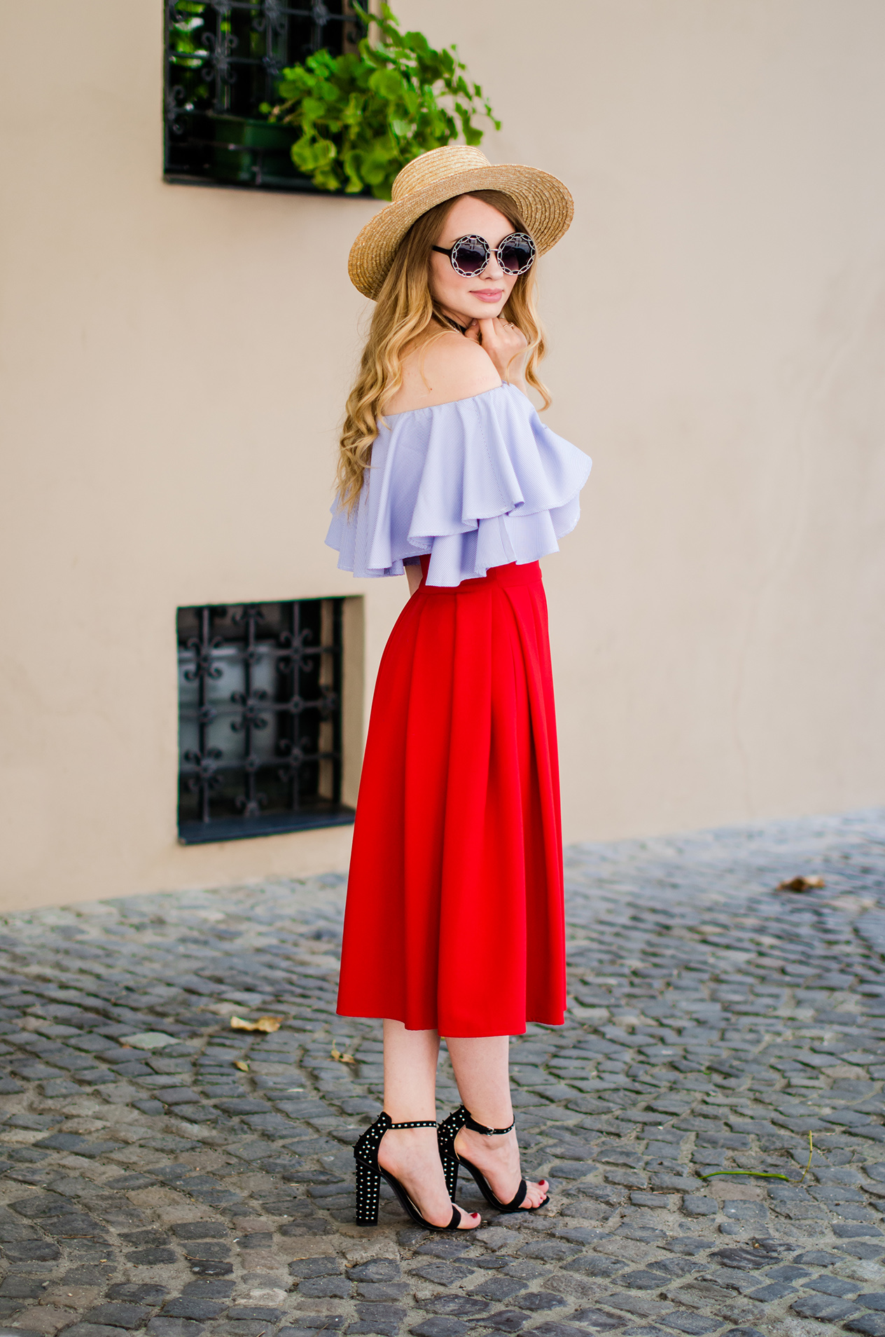 off-shoulder-blouse-red-midi-skirt-straw-hat (3)