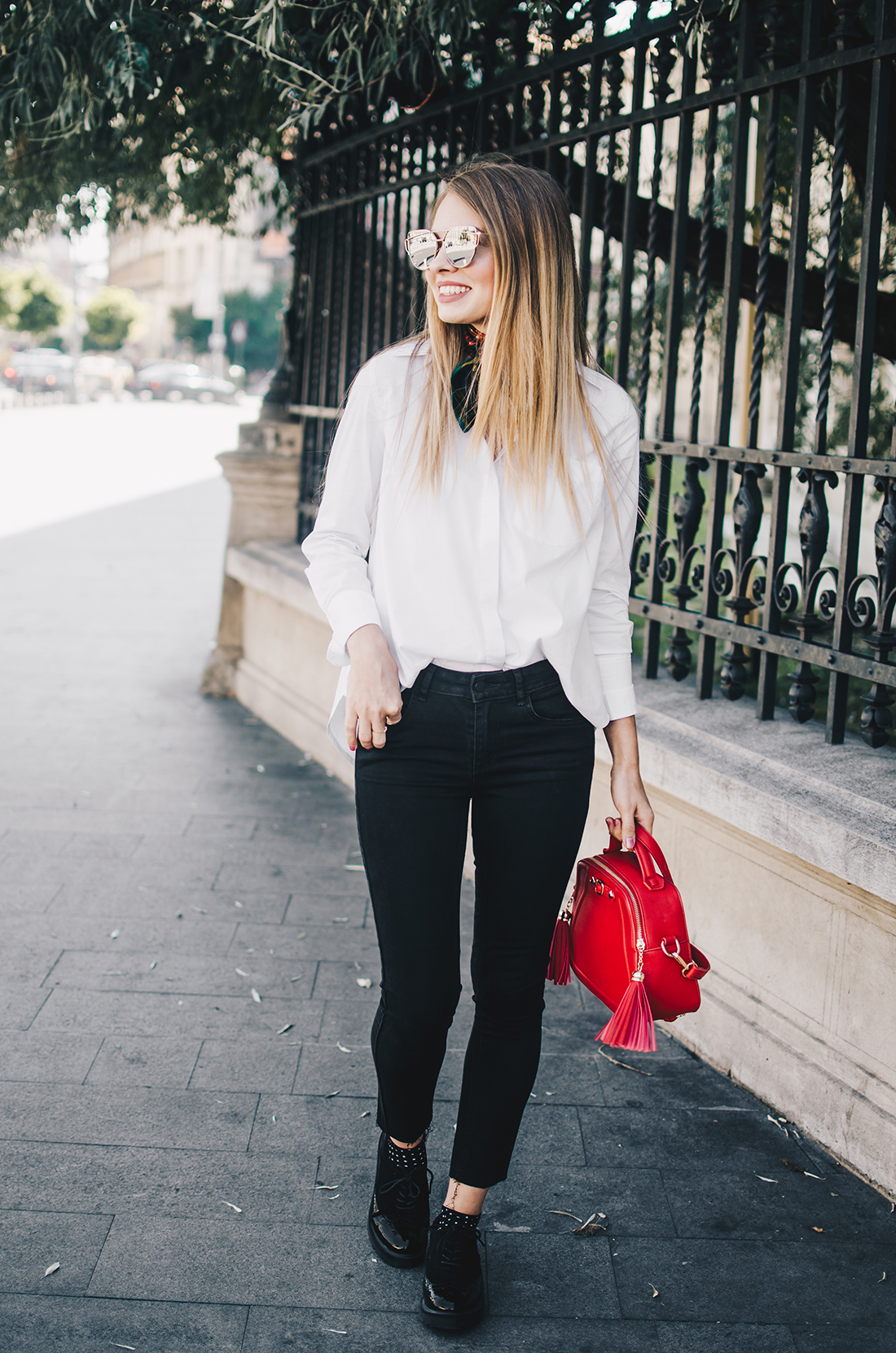 black-and-white-outfit-zerouv-sunglasses-red-bag-vintage-scarf-7