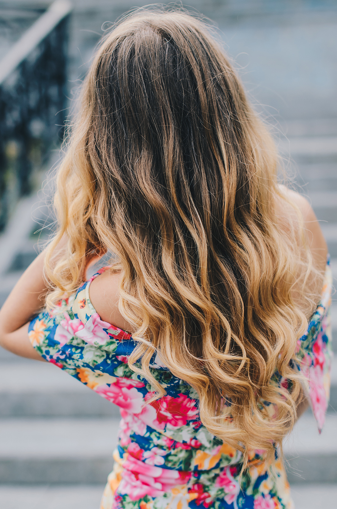 blonde-ombre-hair-curls-1