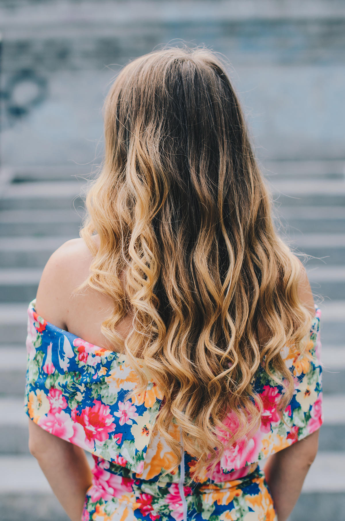 blonde-ombre-hair-curls-2