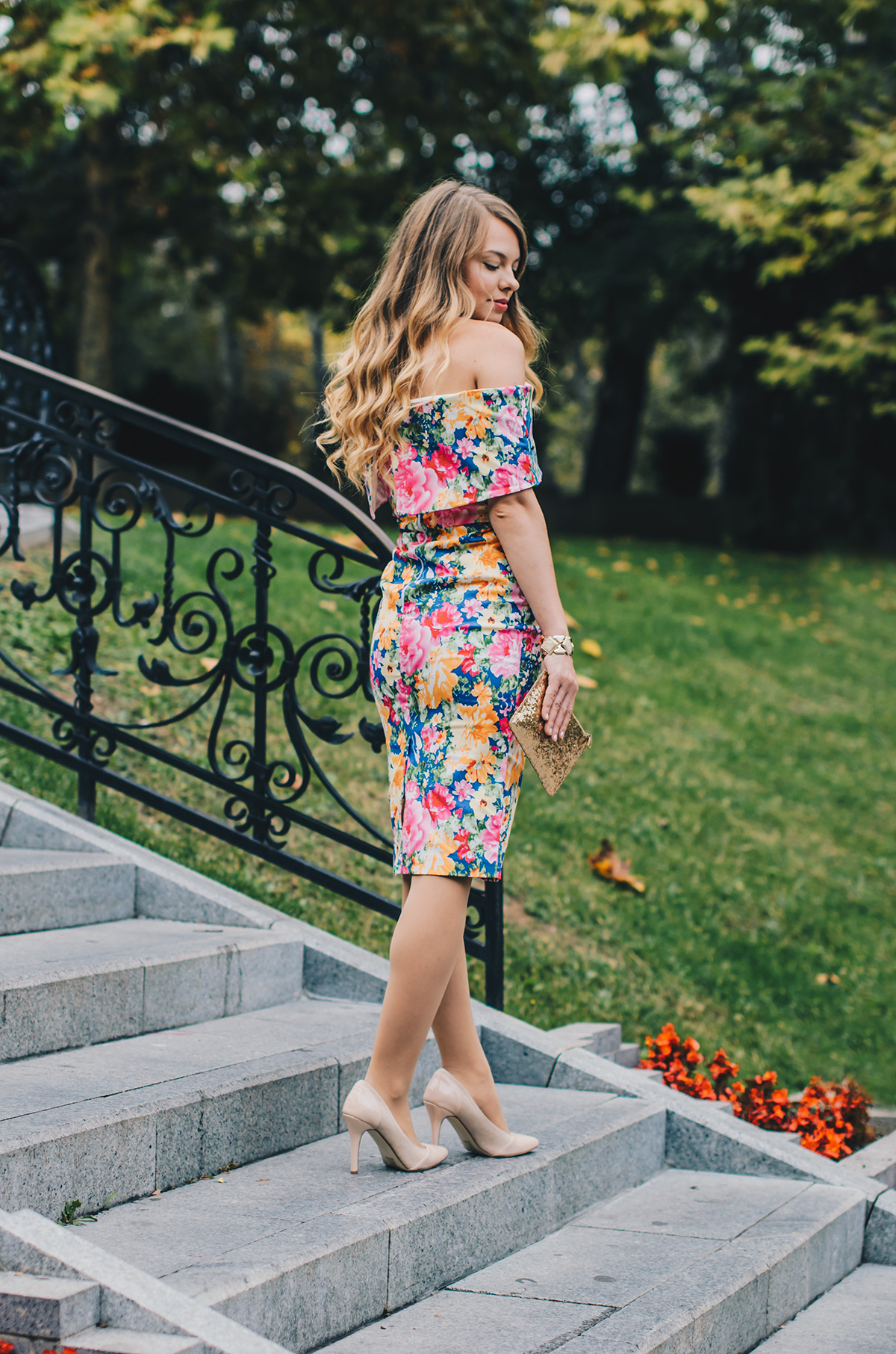 floral-off-shoulder-bodycon-dress-3