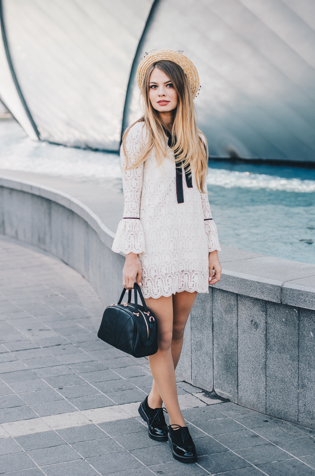 lace-dress-bell-sleeves-straw-hat-oxford-shoes-4