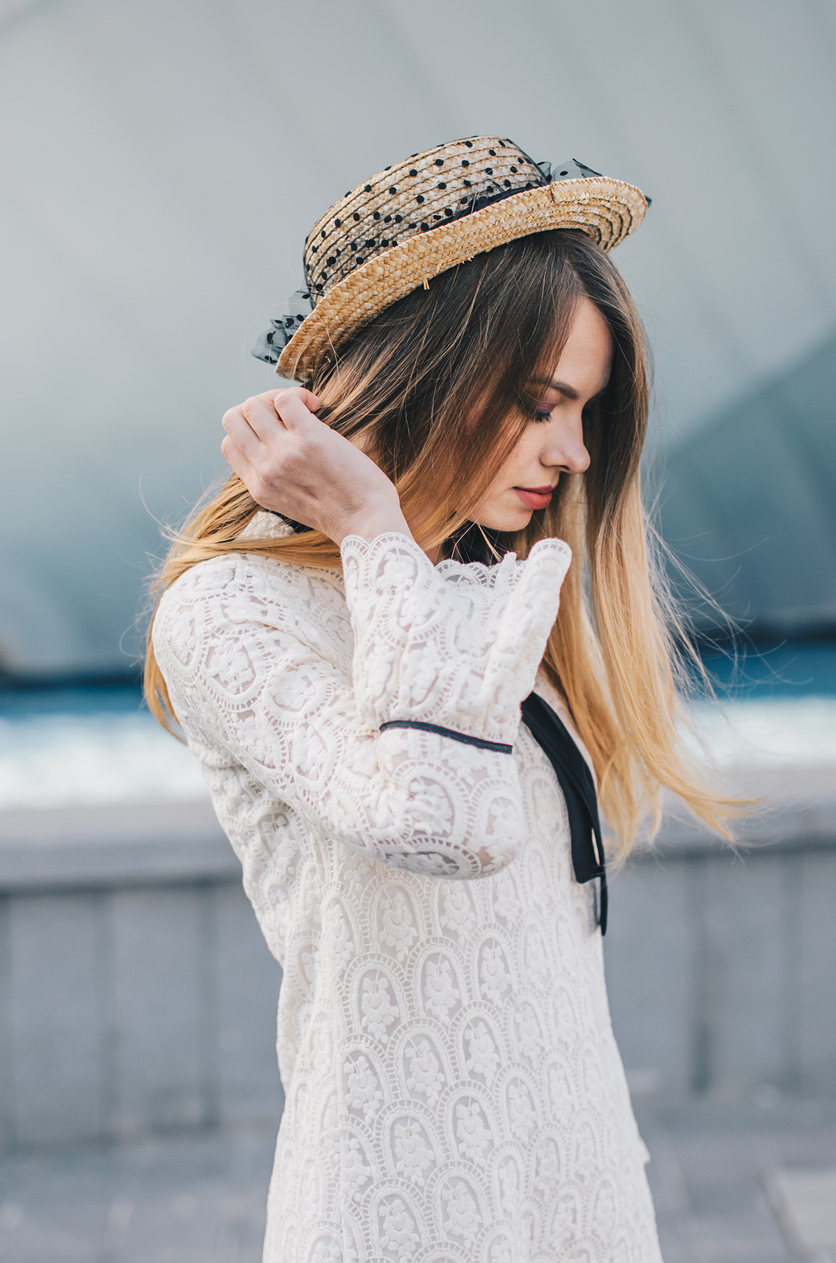 lace-dress-bell-sleeves-straw-hat-oxford-shoes-6