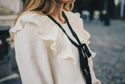 victorian-style-blouse-fall-2016-trends-16