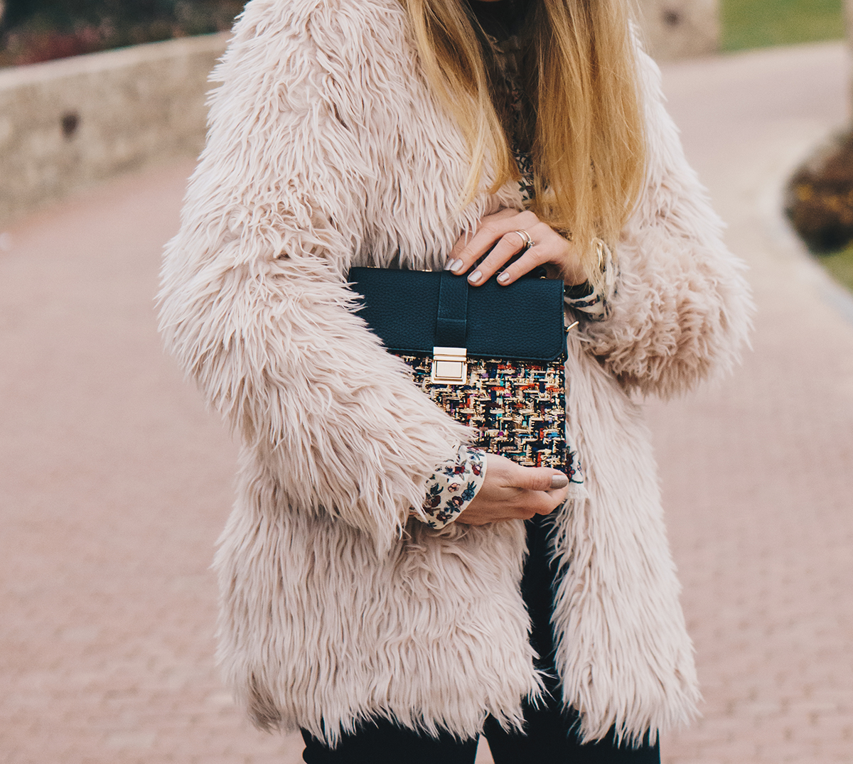floral-embroidered-blouse-pink-fur-coat-ripped-black-jeans-brogues-winter-outfit-13