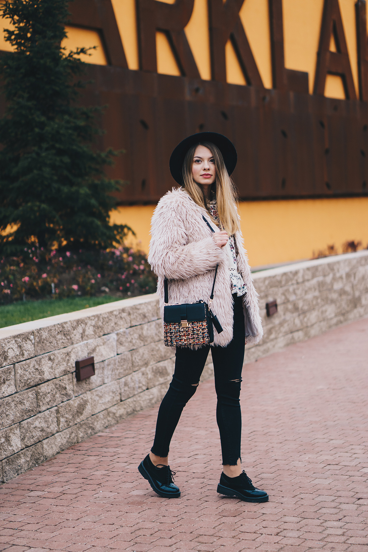 floral-embroidered-blouse-pink-fur-coat-ripped-black-jeans-brogues-winter-outfit-3