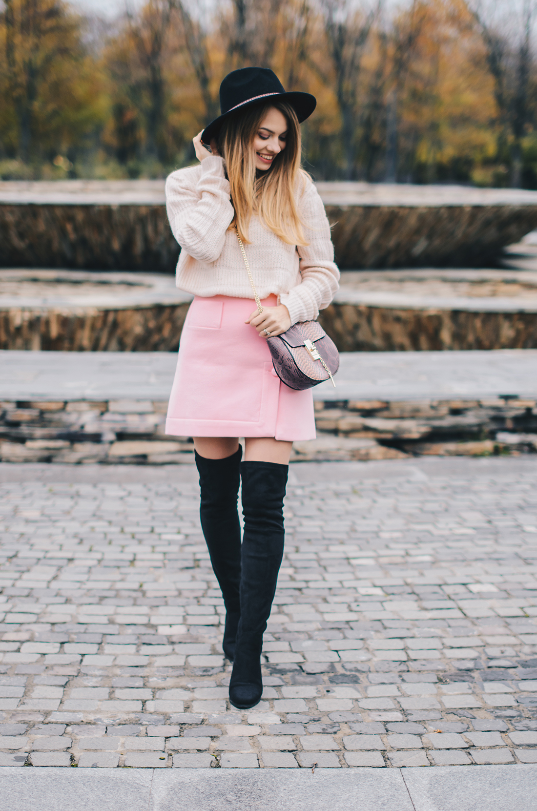 pink-turtleneck-pink-mini-skirt-black-hat-over-theknee-boots-6