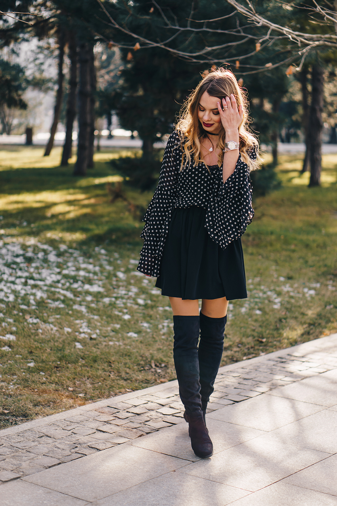 polka-dots-bell-sleeves-blouse-otk-boots-winter-outfit-2