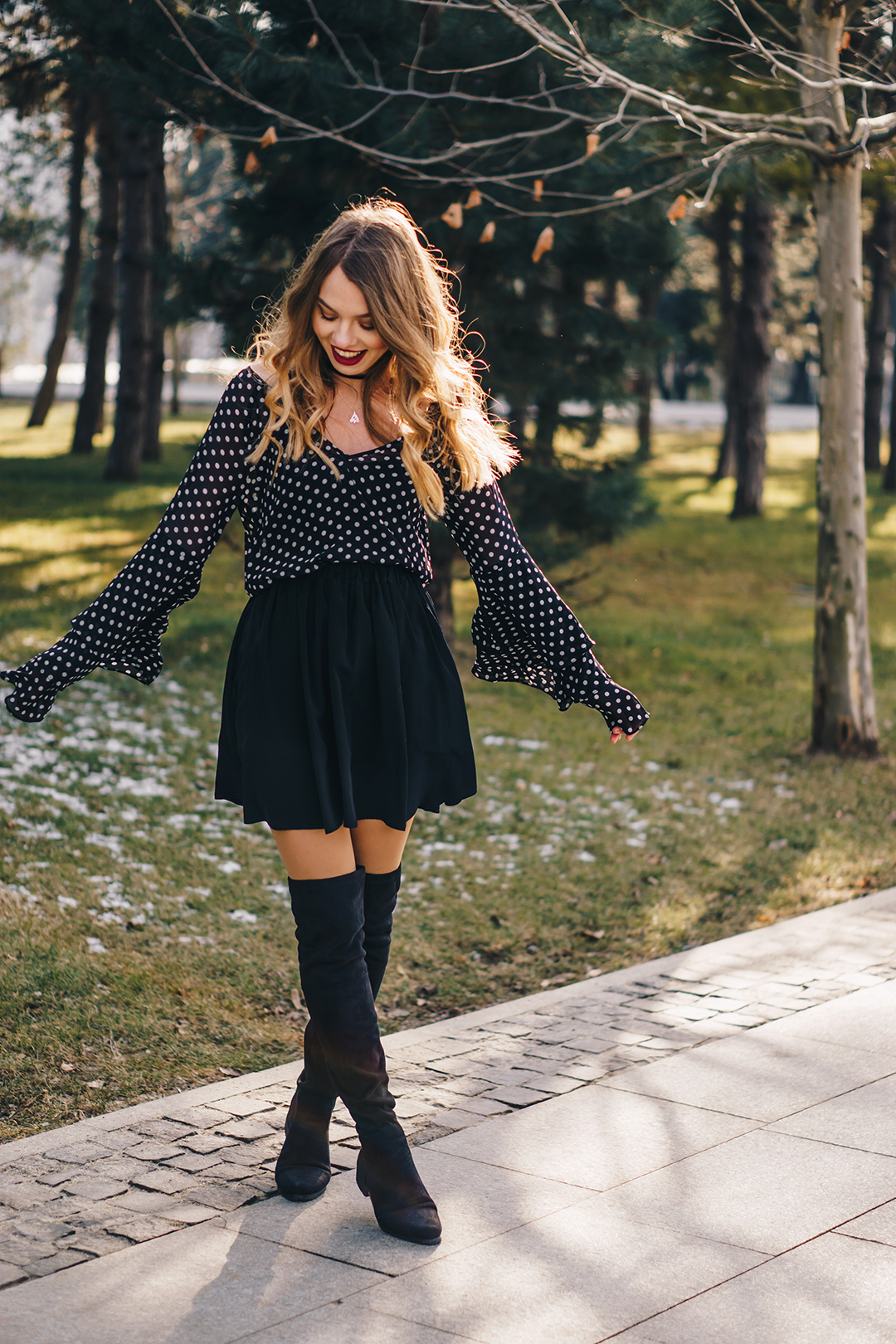 polka-dots-bell-sleeves-blouse-otk-boots-winter-outfit-4