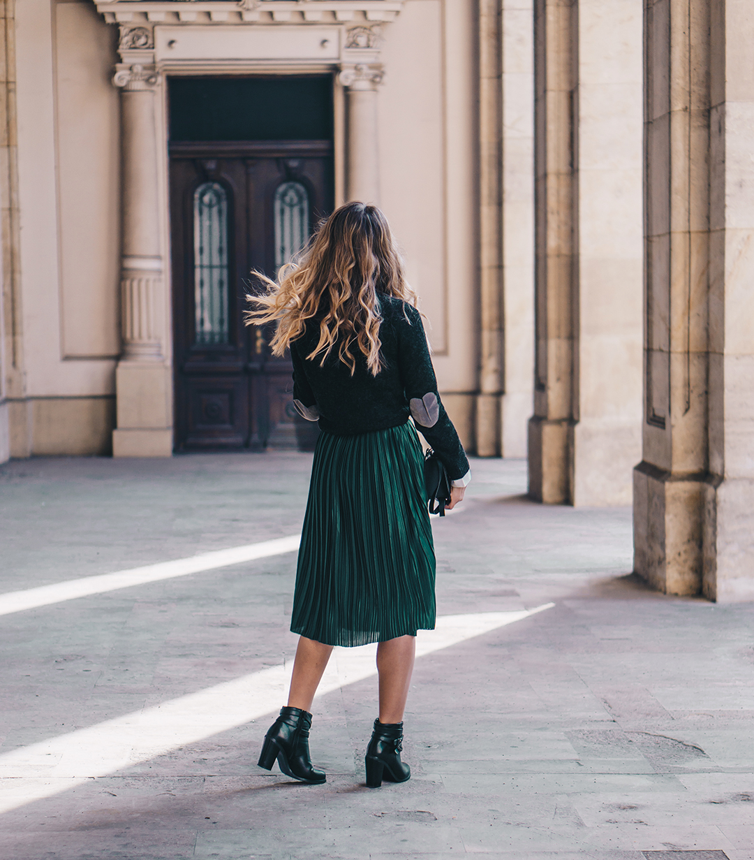 Find pleated skirt green at ShopStyle. Shop the latest collection of pleated skirt green from the most popular stores - all in one place.