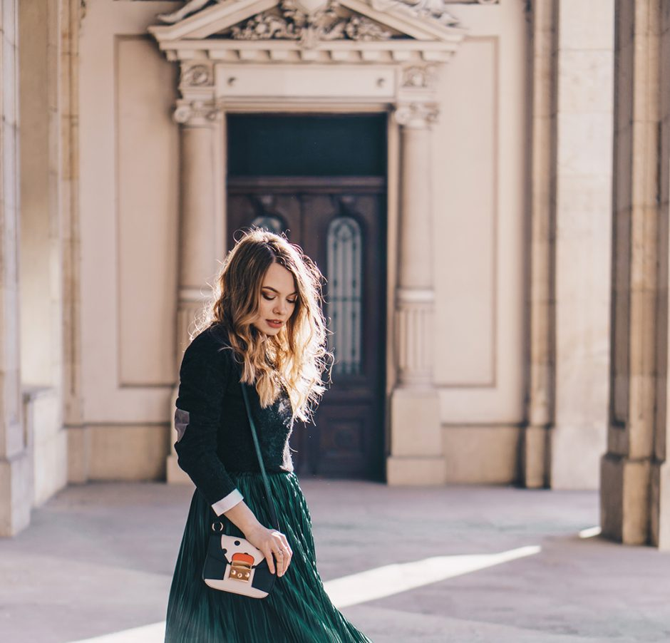 emerald-green-pleated-skirt-preppy-outfit-pink-wish (8)
