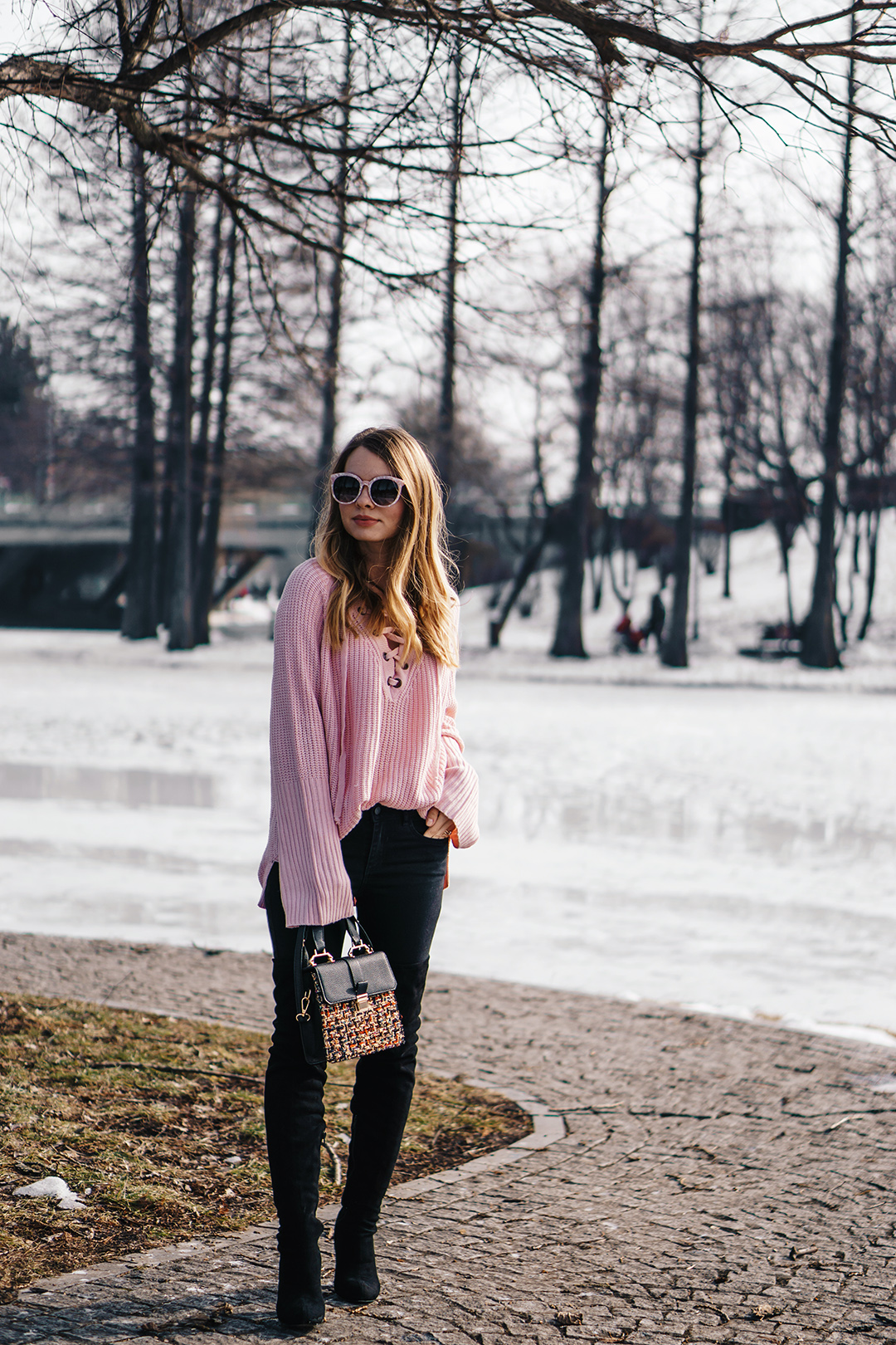 lace-up-sweater-winter-outfit-pink-wish (3)