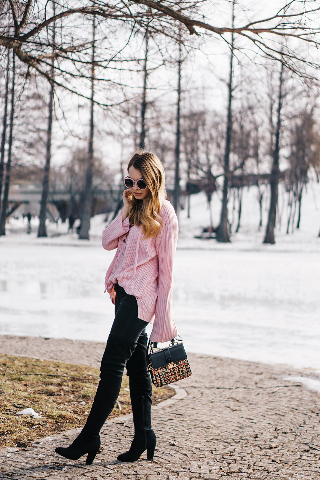 lace-up-sweater-winter-outfit-pink-wish (4)