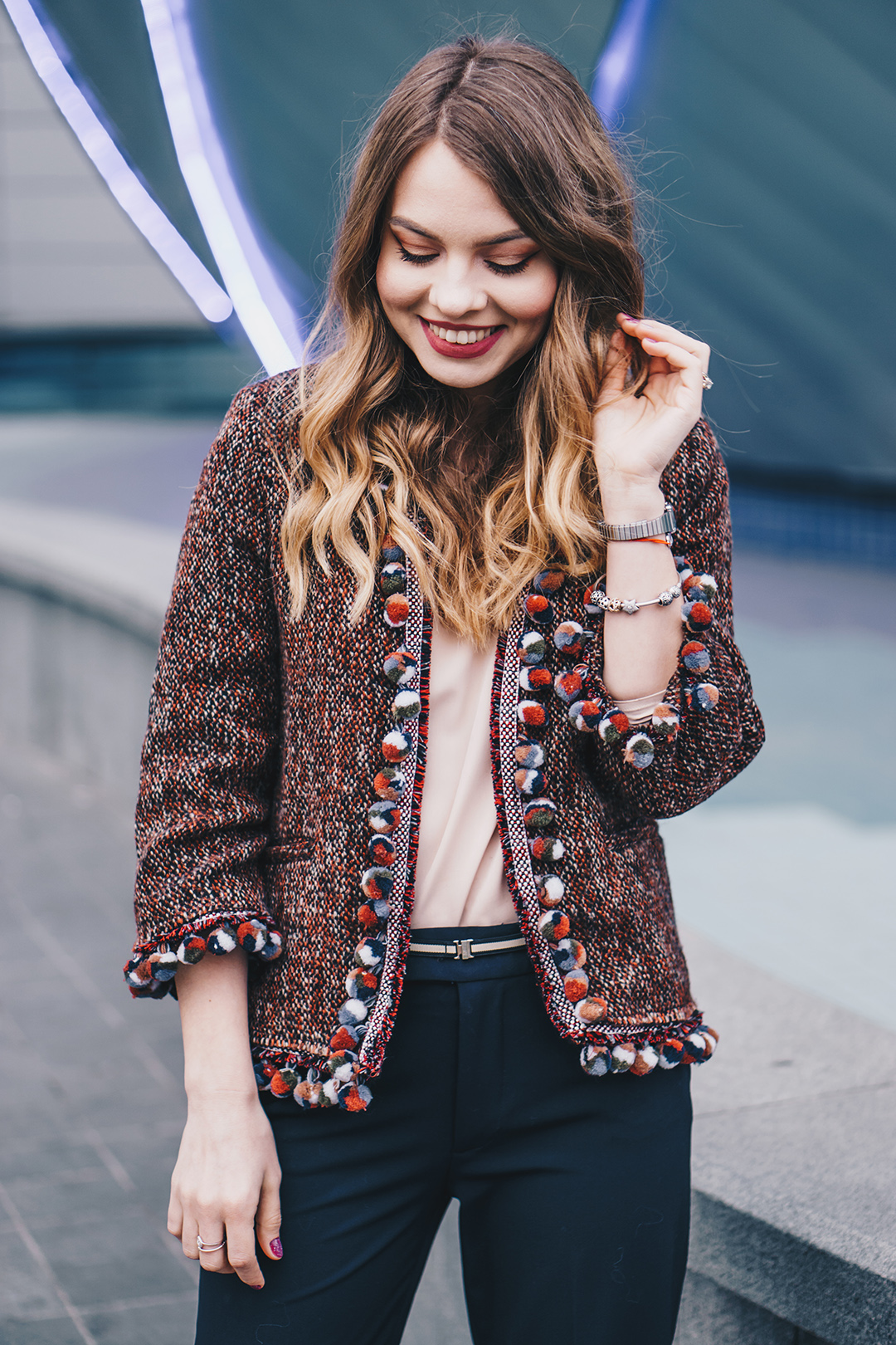 pompom-tweed-jacket-pink-wish-outfits (3)